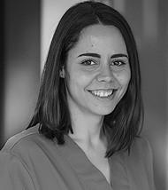 Laura Ozaez